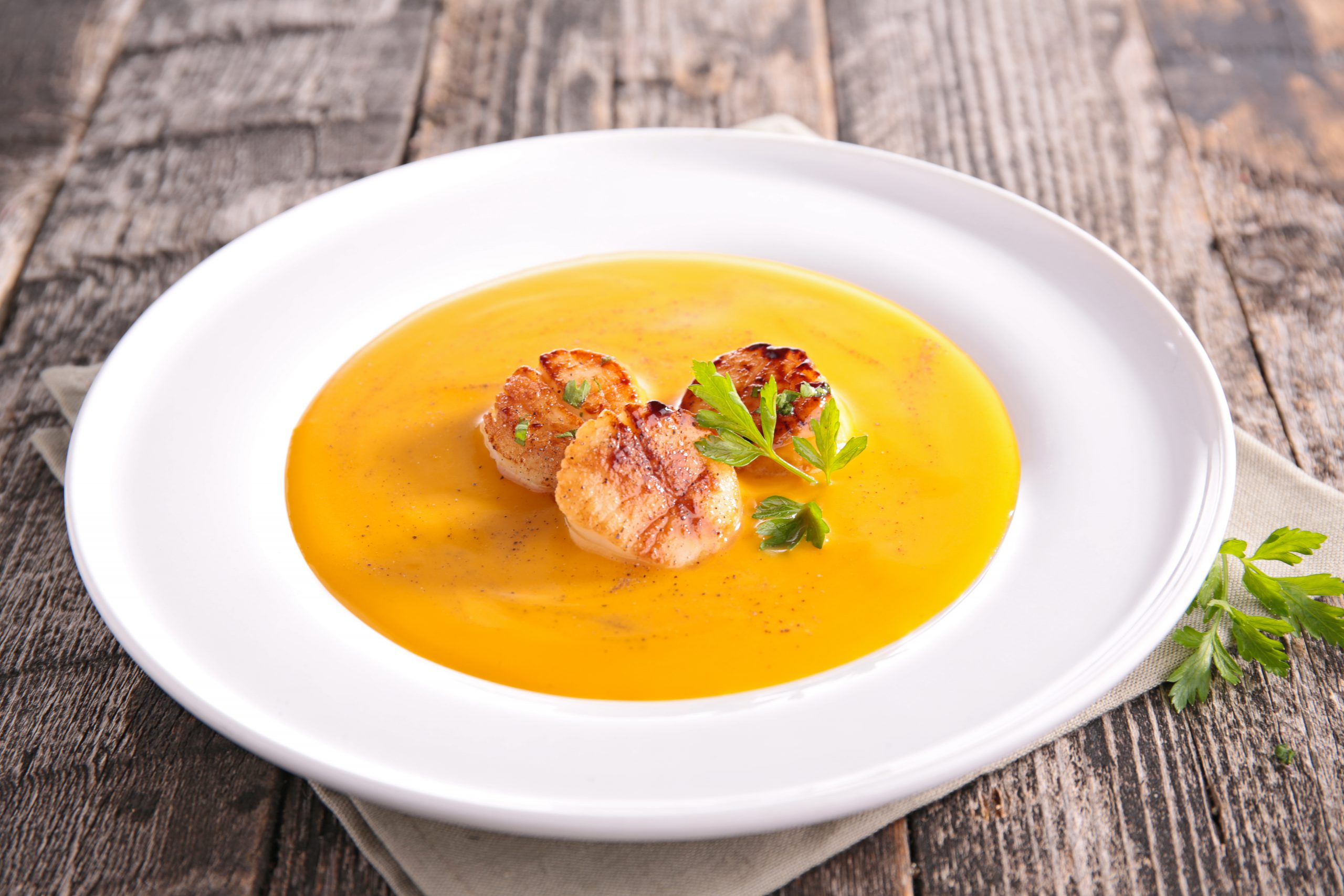 geroosterde soep coquilles sint jacobsschelpen