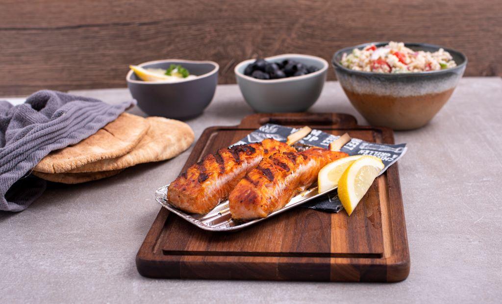 Freshly Fish juli visbox: Zalmpiesen met frisse salade