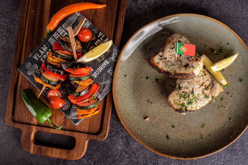 Freshly Fish - juli visbox - Zwaardvis steak met groentespies