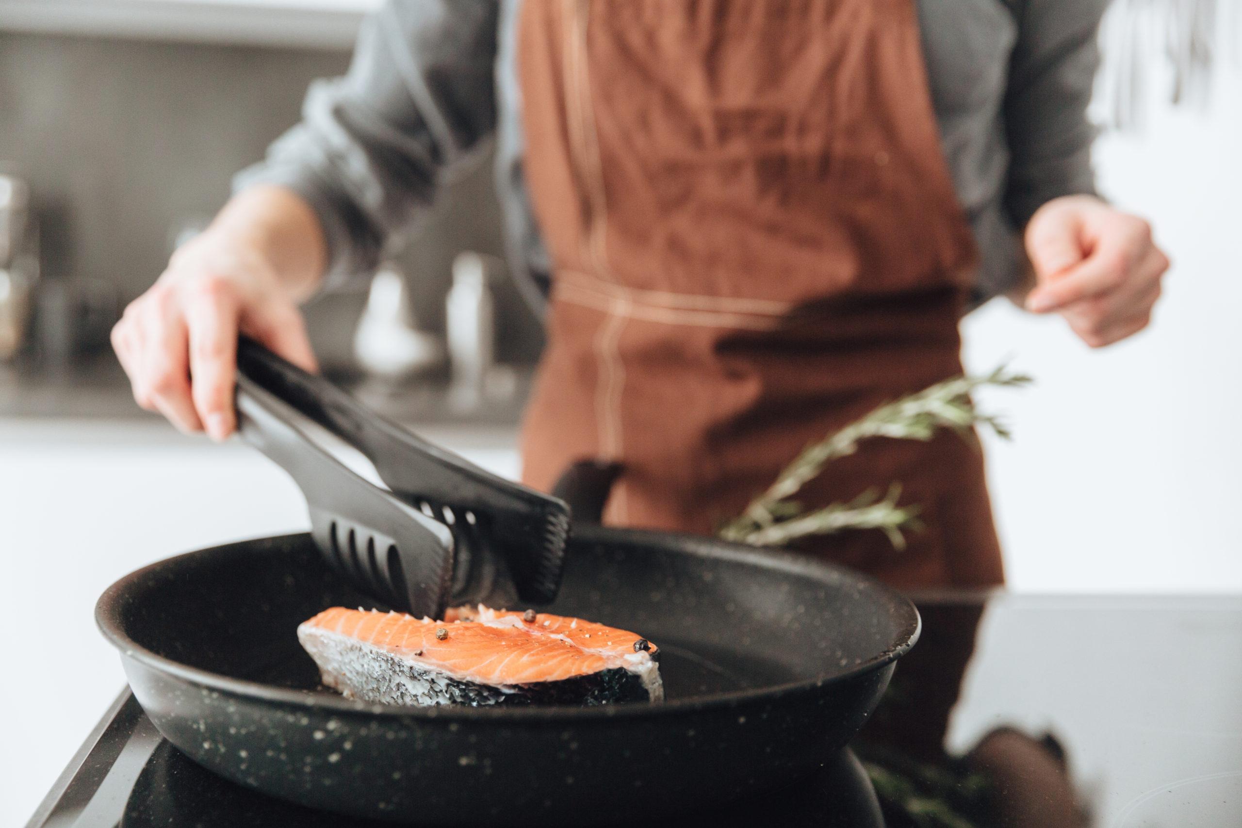 Vis bakken en bereiden trips en trickss