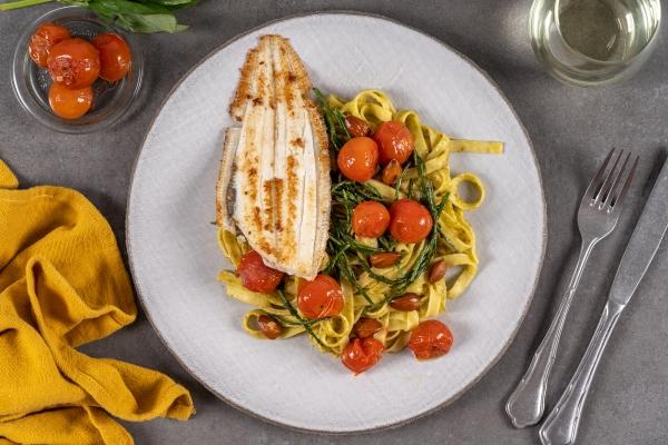 Sliptong met zeekraal en pasta